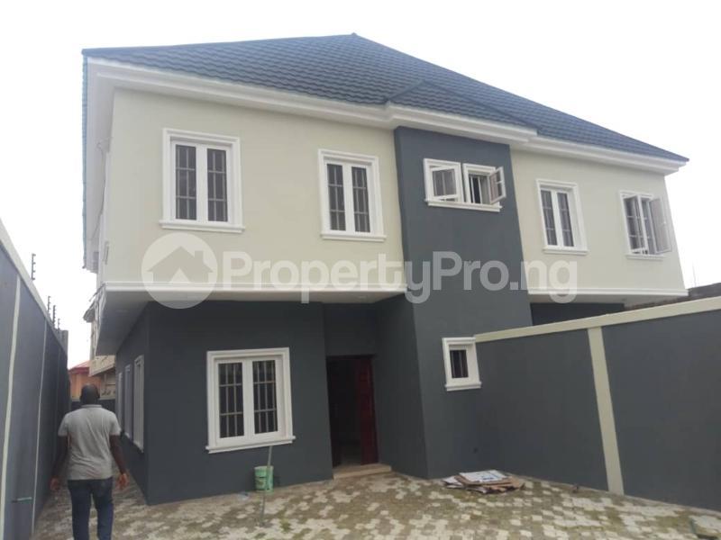 4 bedroom Self Contain Flat / Apartment for sale Magodo  Magodo GRA Phase 1 Ojodu Lagos - 11