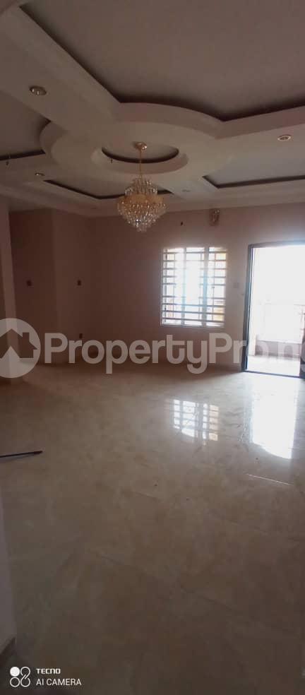 4 bedroom Detached Duplex House for rent Medina estate Medina Gbagada Lagos - 11