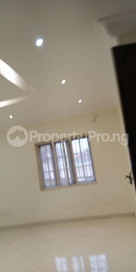 4 bedroom Semi Detached Duplex House for rent Kobiowu Crescent, Iyaganku GRA Iyanganku Ibadan Oyo - 2