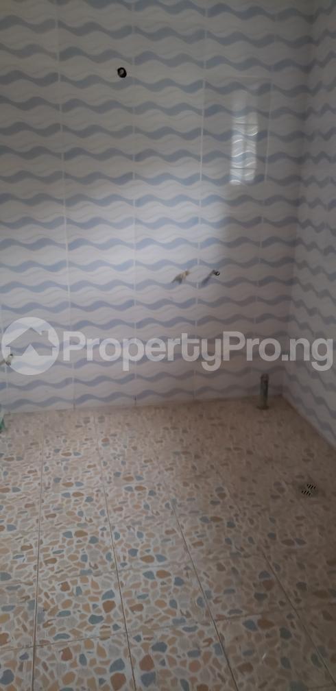 4 bedroom Detached Duplex House for sale Adeoni estate ojodu  Berger Ojodu Lagos - 6