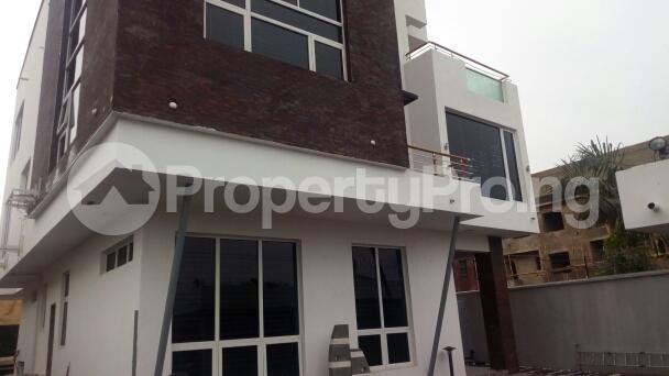 4 bedroom Detached Duplex House for sale Idaado Estate Idado Lekki Lagos - 0