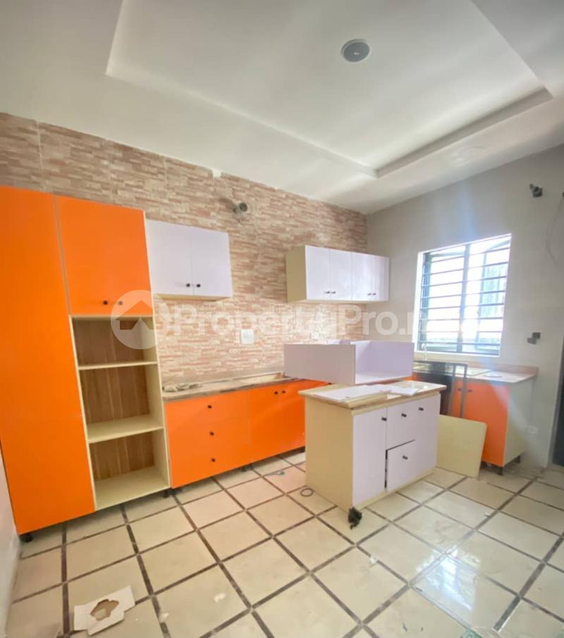 4 bedroom Semi Detached Duplex House for sale Second Toll Gate chevron Lekki Lagos - 4