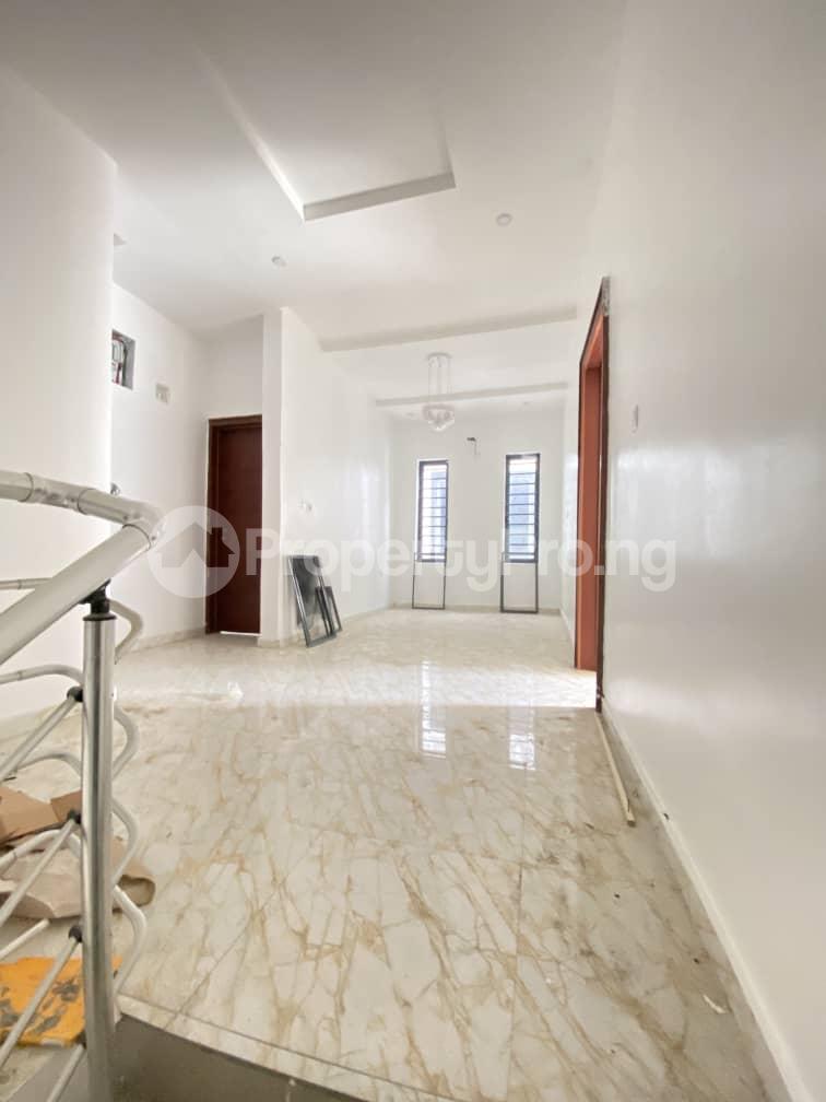 4 bedroom Semi Detached Duplex House for sale Second Toll Gate chevron Lekki Lagos - 5