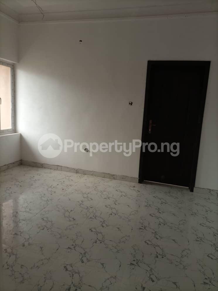 4 bedroom Semi Detached Duplex House for sale Glory Estate Ifako-gbagada Gbagada Lagos - 5