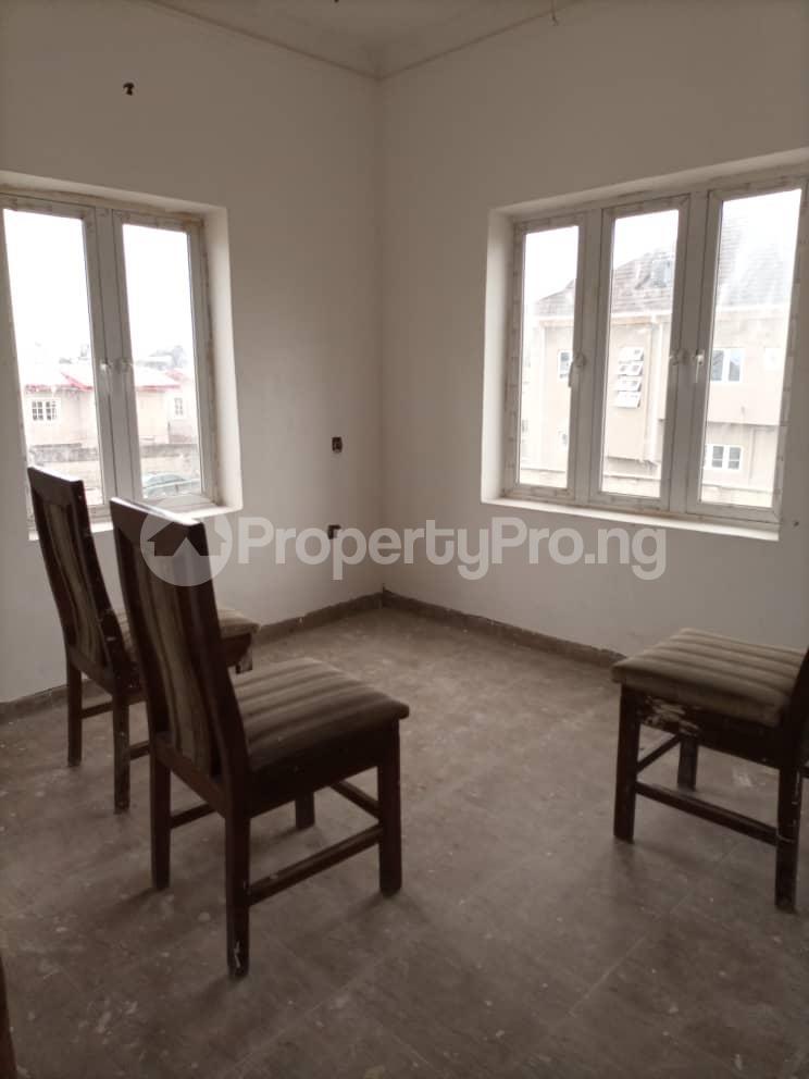 4 bedroom Semi Detached Duplex House for sale Glory Estate Ifako-gbagada Gbagada Lagos - 4