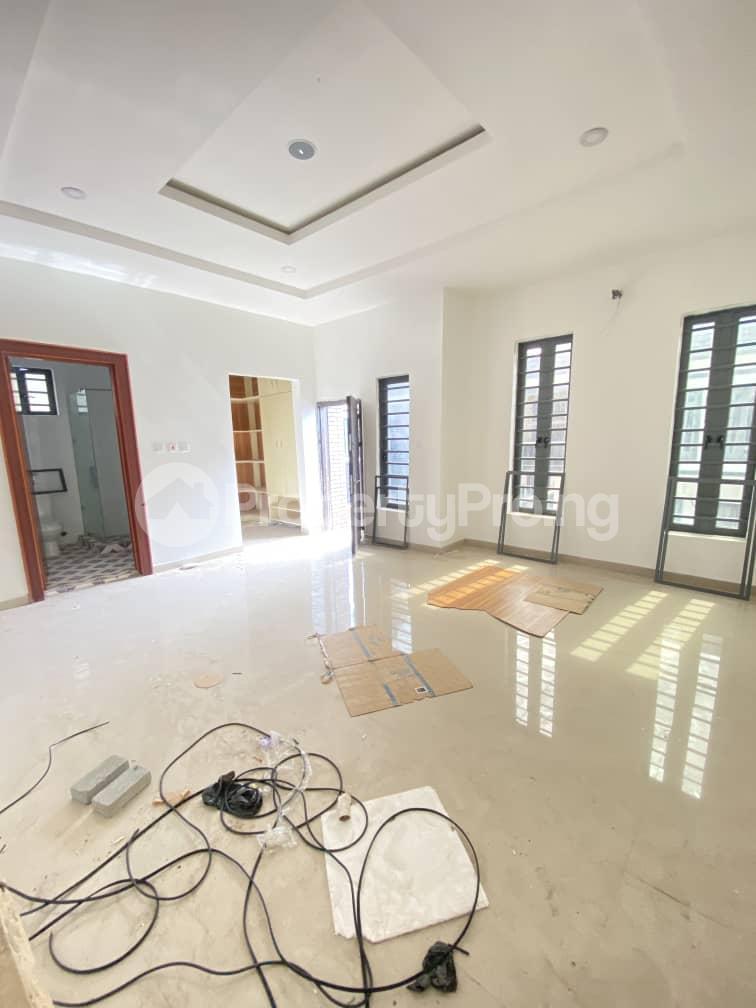 4 bedroom Semi Detached Duplex House for sale Second Toll Gate chevron Lekki Lagos - 9
