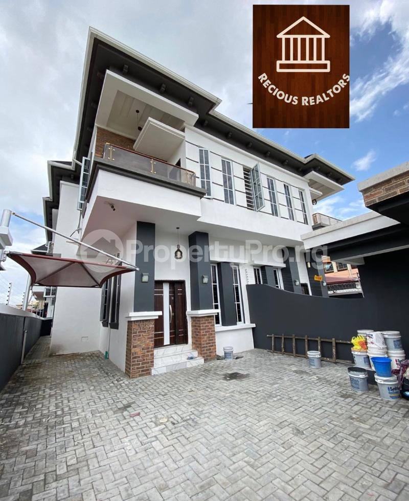 4 bedroom Semi Detached Duplex House for sale Title - governors consent Ologolo Lekki Lagos - 9