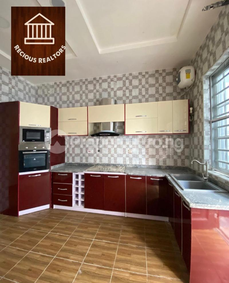 4 bedroom Semi Detached Duplex House for sale Title - governors consent Ologolo Lekki Lagos - 1