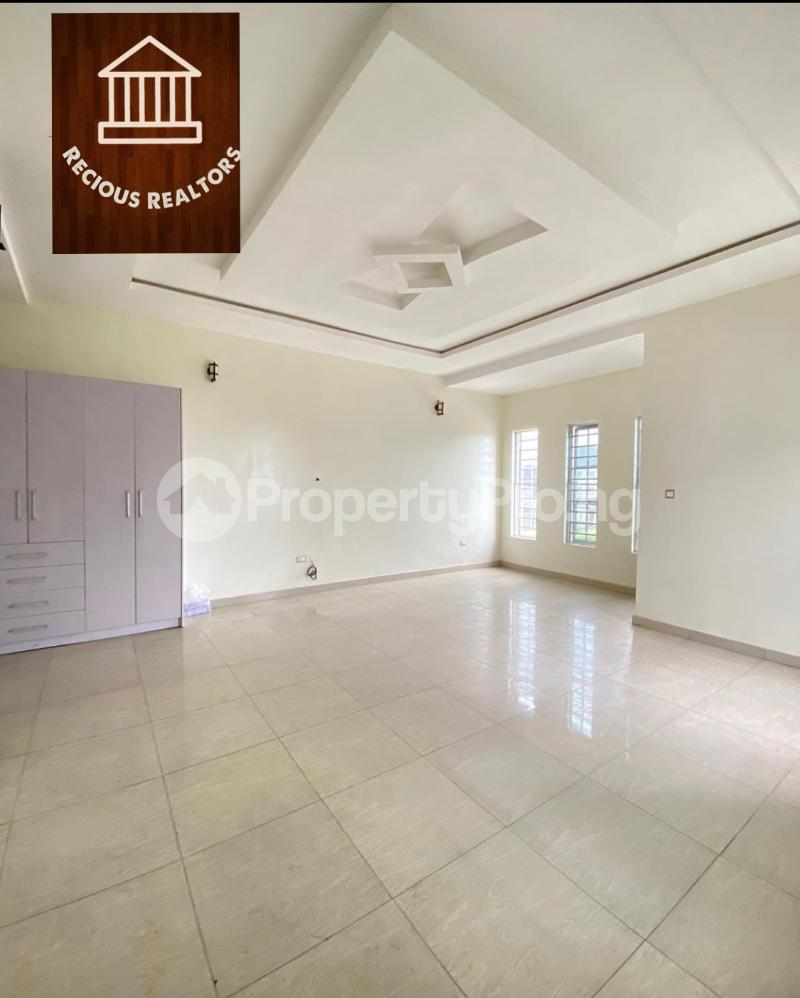 4 bedroom Semi Detached Duplex House for sale Title - governors consent Ologolo Lekki Lagos - 5