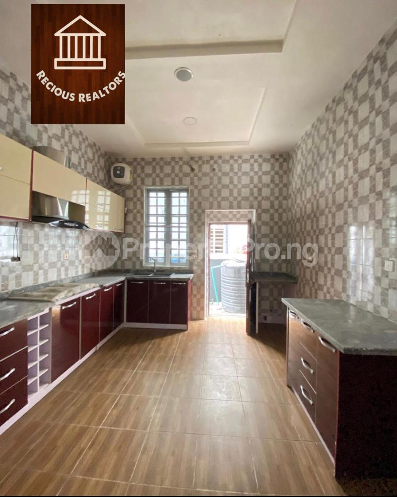 4 bedroom Semi Detached Duplex House for sale Title - governors consent Ologolo Lekki Lagos - 2