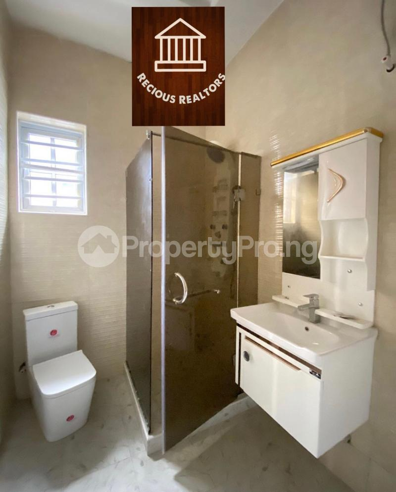 4 bedroom Semi Detached Duplex House for sale Title - governors consent Ologolo Lekki Lagos - 8