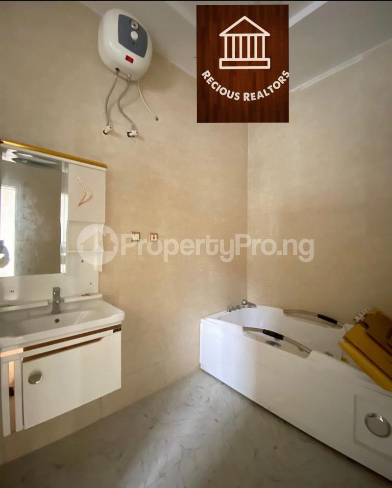4 bedroom Semi Detached Duplex House for sale Title - governors consent Ologolo Lekki Lagos - 7