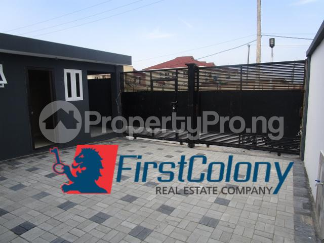 4 bedroom Semi Detached Duplex House for sale Close to Friends' Colony Estate, Ajiran Agungi Lekki Lagos - 5