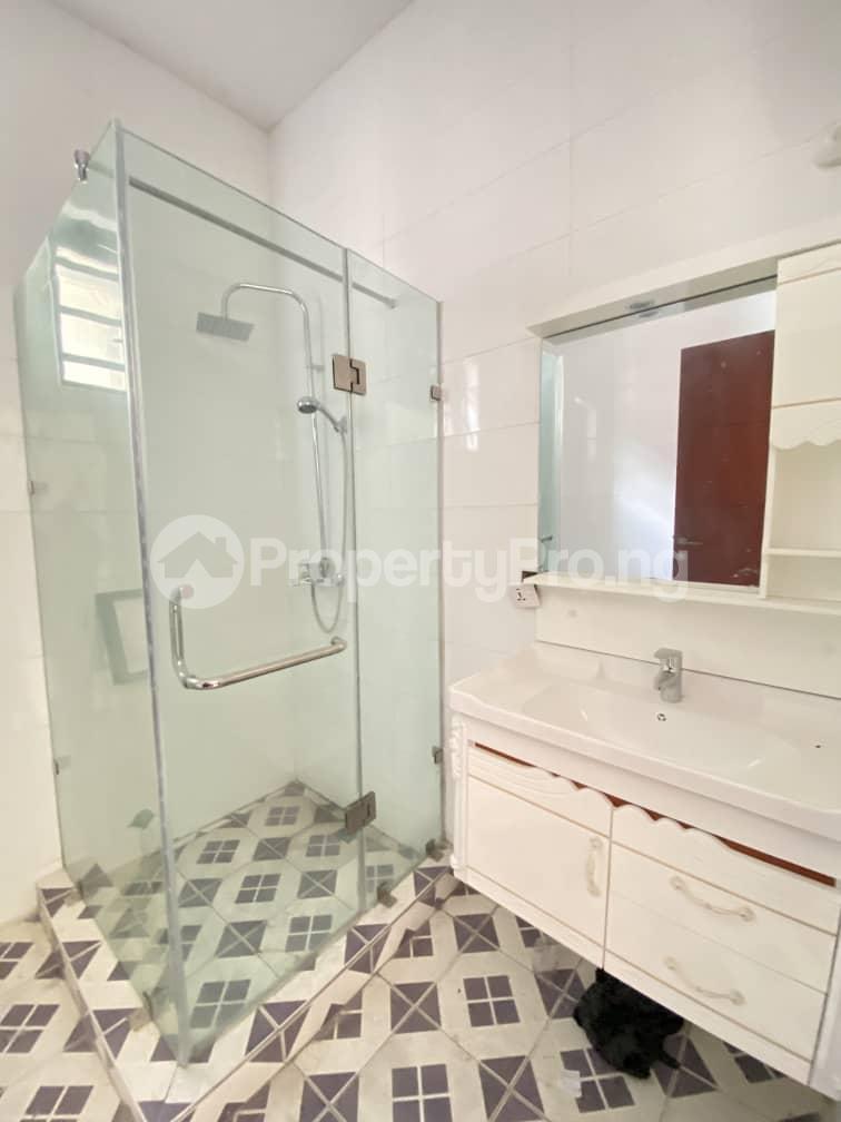 4 bedroom Semi Detached Duplex House for sale Second Toll Gate chevron Lekki Lagos - 3