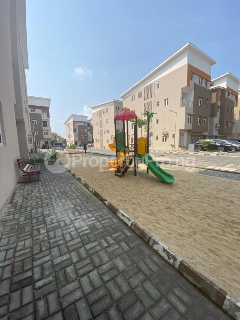4 bedroom Semi Detached Duplex for rent Osapa Osapa london Lekki Lagos - 6