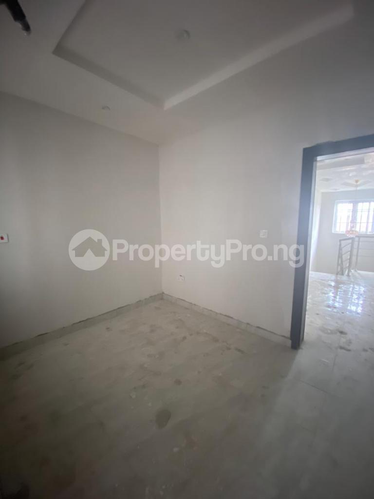 4 bedroom Semi Detached Duplex for rent Osapa Osapa london Lekki Lagos - 16