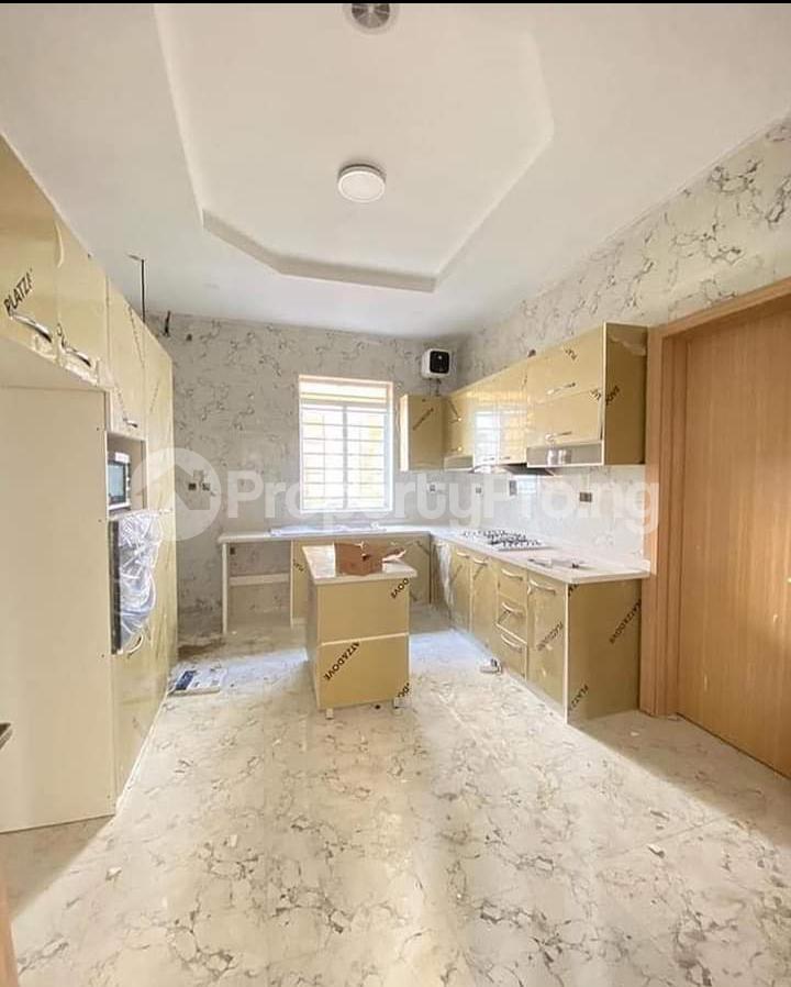 4 bedroom Terraced Duplex for sale 2nd Lekki Tollgate Lekki Lagos - 9