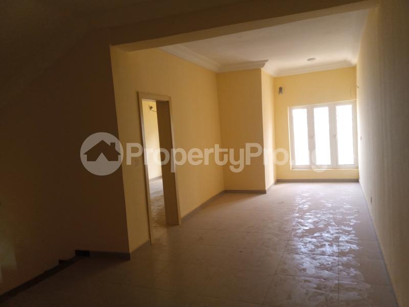 5 bedroom Terraced Duplex House for rent Located at guzampe Guzape Abuja - 7