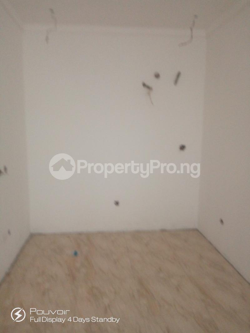 4 bedroom Terraced Duplex House for sale 16 malam shehu  Jabi Abuja - 4