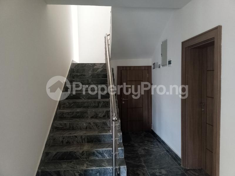 5 bedroom Terraced Duplex House for sale Located after nnpc filing station Guzape Abuja - 3