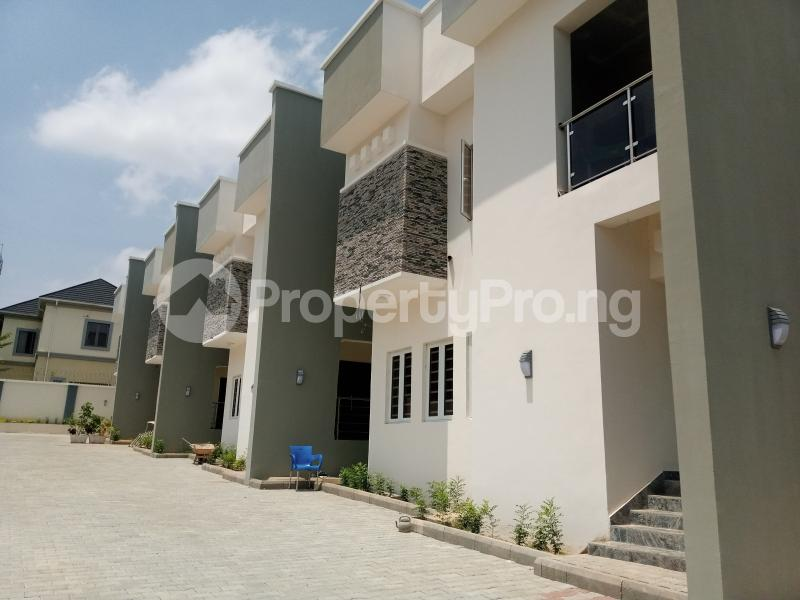 5 bedroom Terraced Duplex House for sale Located after nnpc filing station Guzape Abuja - 0