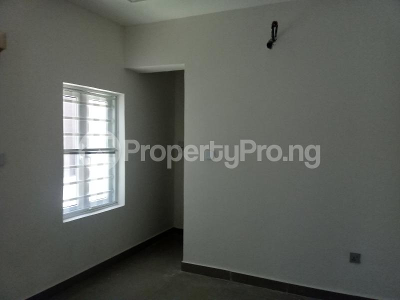 5 bedroom Terraced Duplex House for sale Located after nnpc filing station Guzape Abuja - 7