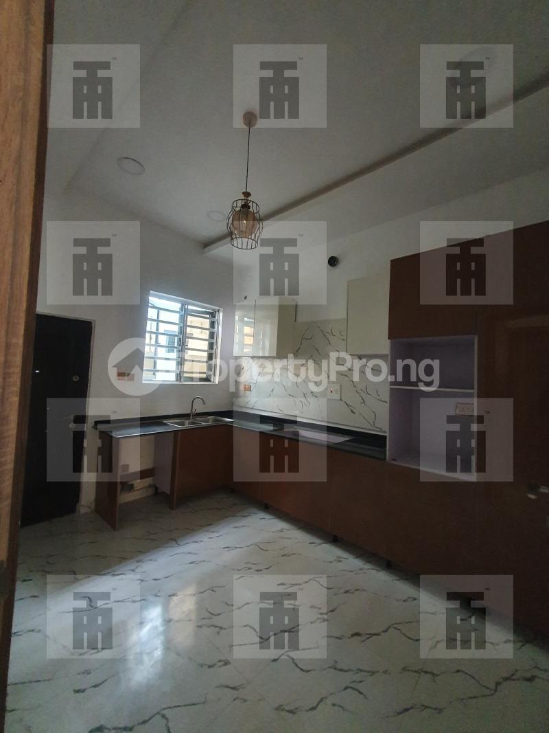 4 bedroom Terraced Duplex for rent Alternative Drive chevron Lekki Lagos - 3