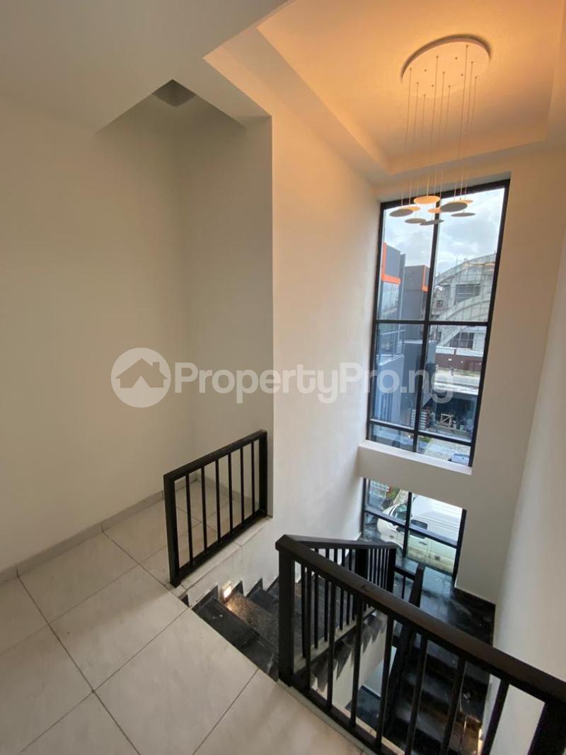 4 bedroom Terraced Duplex House for sale Lekki Phase 1 Lekki Lagos - 11
