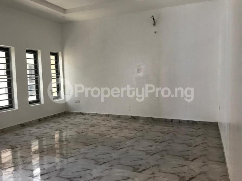 4 bedroom Terraced Duplex House for sale Lafiaji, Orchid Road Lekki Lagos - 10