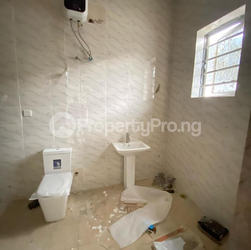 4 bedroom Terraced Duplex House for sale 2nd toll gate  chevron Lekki Lagos - 3