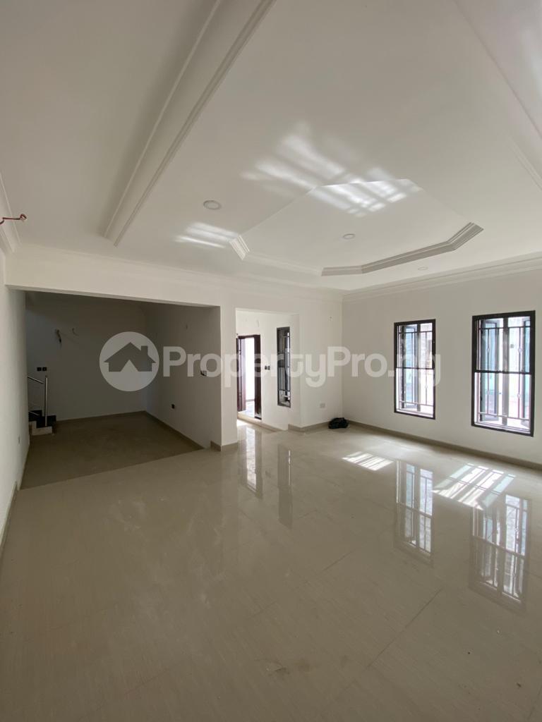 4 bedroom Terraced Duplex House for rent Osapa london Lekki Lagos - 10