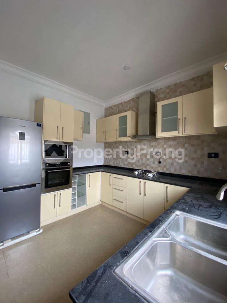 4 bedroom Terraced Duplex House for rent Osapa london Lekki Lagos - 9