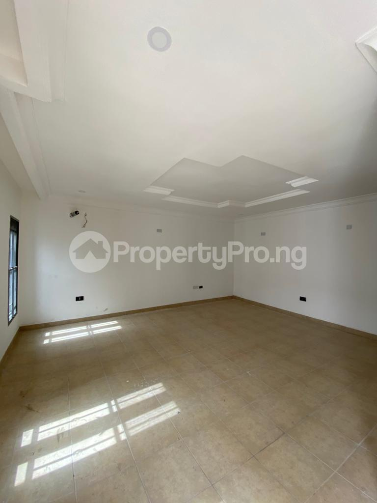 4 bedroom Terraced Duplex House for rent Osapa london Lekki Lagos - 5