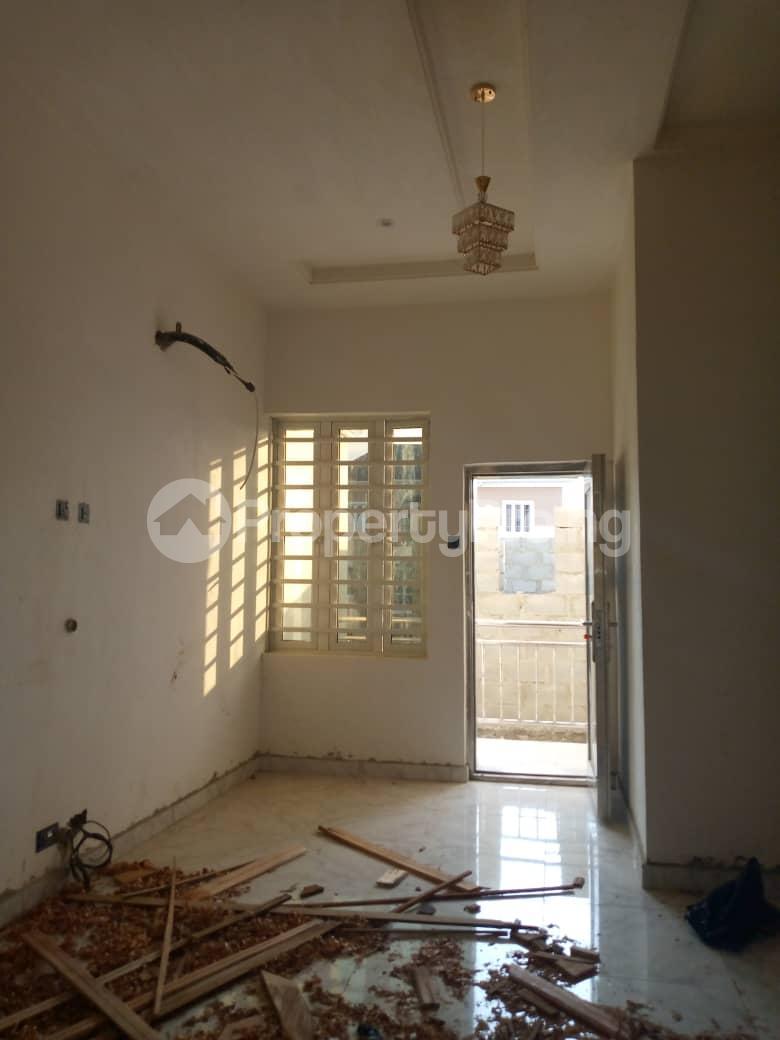 4 bedroom Semi Detached Duplex House for rent ... Adeniyi Jones Ikeja Lagos - 4