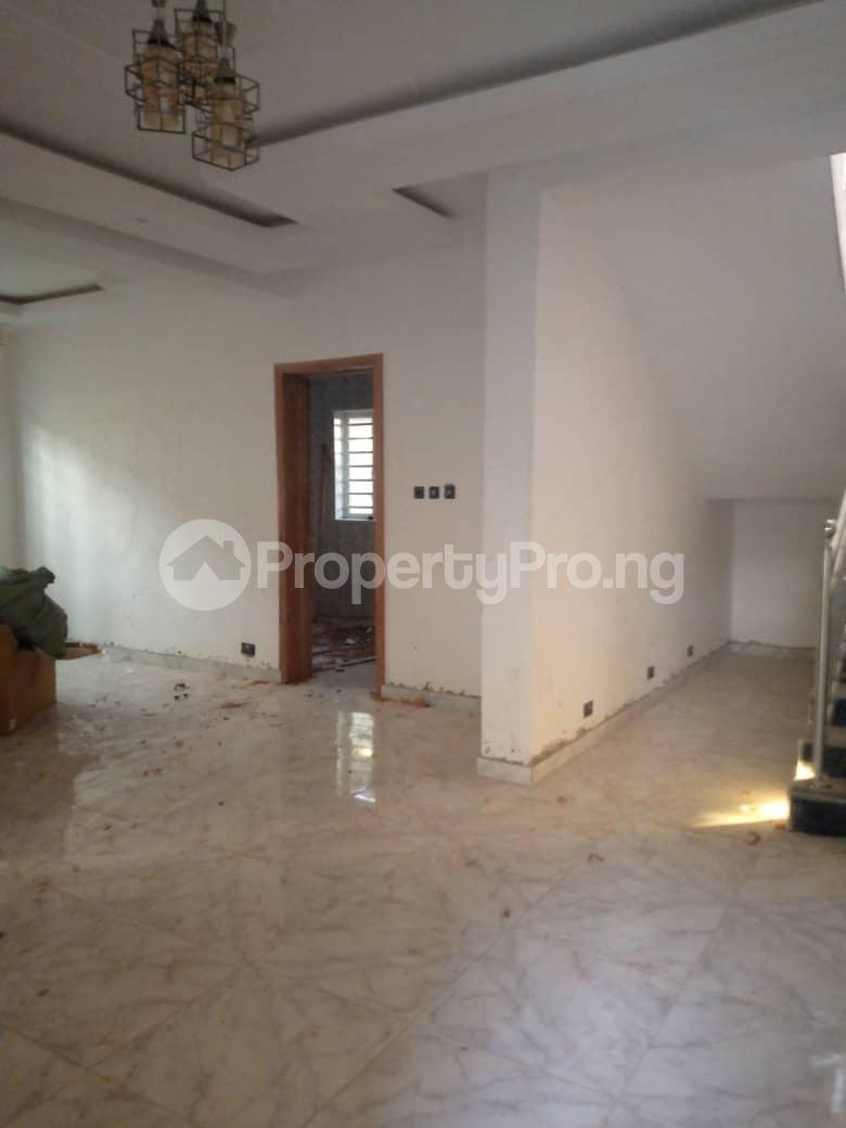 4 bedroom Semi Detached Duplex House for rent ... Adeniyi Jones Ikeja Lagos - 6