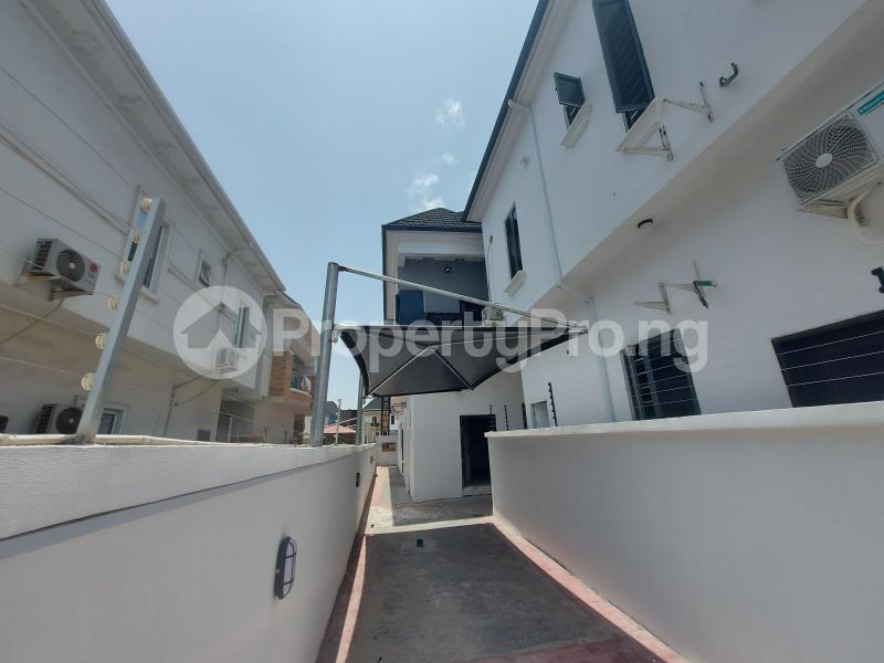 4 bedroom Detached Duplex House for sale Chevron Drive chevron Lekki Lagos - 3