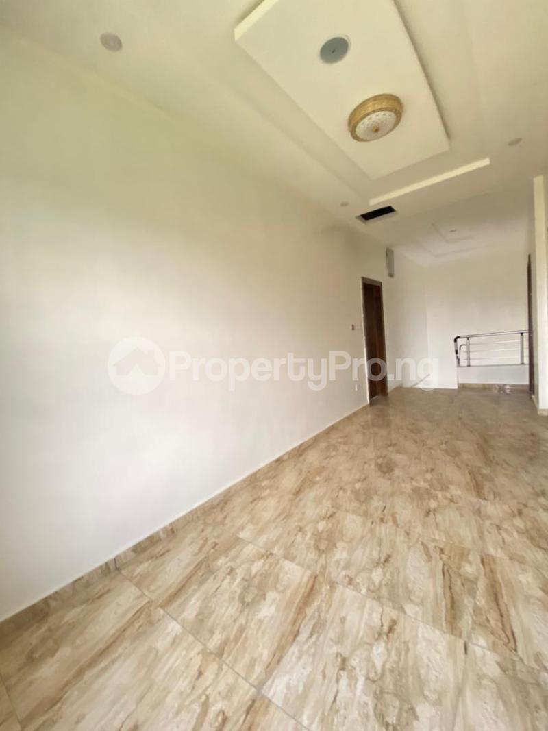 4 bedroom House for sale 2nd Toll Gate Lekki Lagos - 3