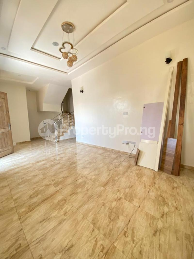 4 bedroom House for sale 2nd Toll Gate Lekki Lagos - 1