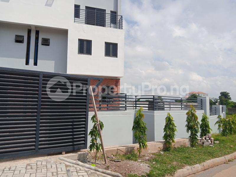 4 bedroom Terraced Duplex House for sale behind Turkish Hospital, beside United Nations Estate in lifecamp extension Karmo layout Cadastral Zone c01 Life Camp Abuja - 11