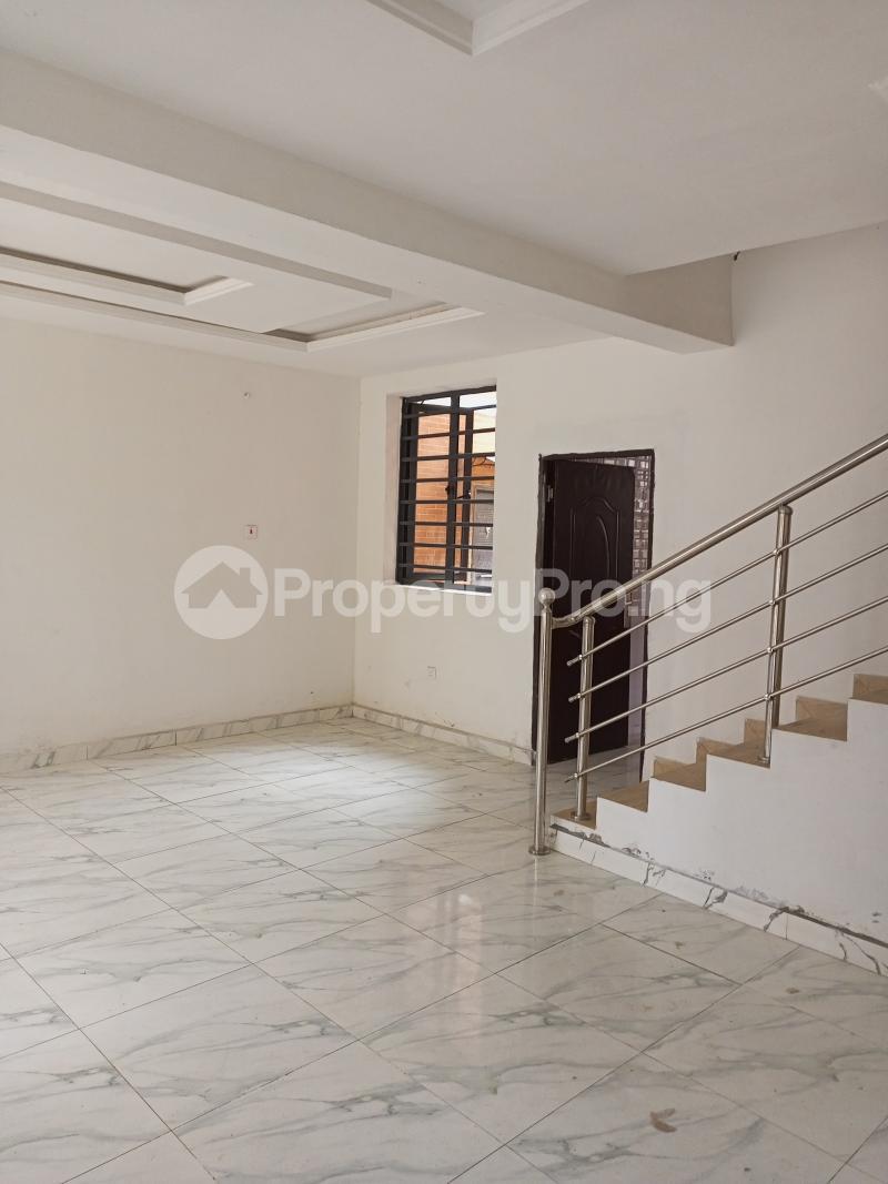 4 bedroom Terraced Duplex House for rent Canal West Estate Osapa london Lekki Lagos - 2