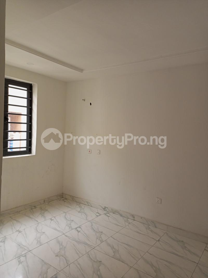 4 bedroom Terraced Duplex House for rent Canal West Estate Osapa Osapa london Lekki Lagos - 15