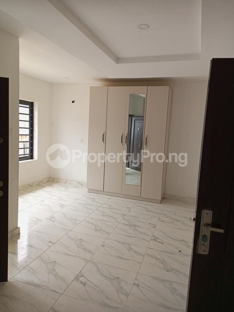 4 bedroom Terraced Duplex House for rent Canal West Estate Osapa london Lekki Lagos - 12