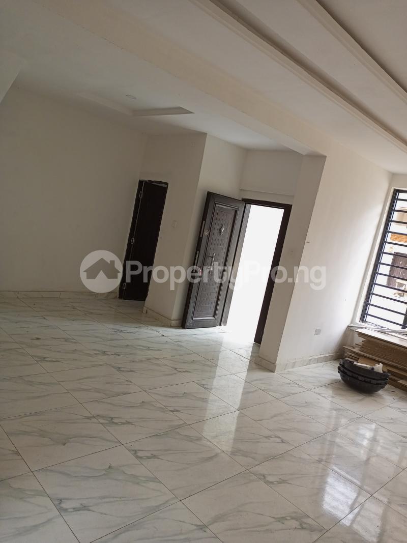4 bedroom Terraced Duplex House for rent Canal West Estate Osapa london Lekki Lagos - 4