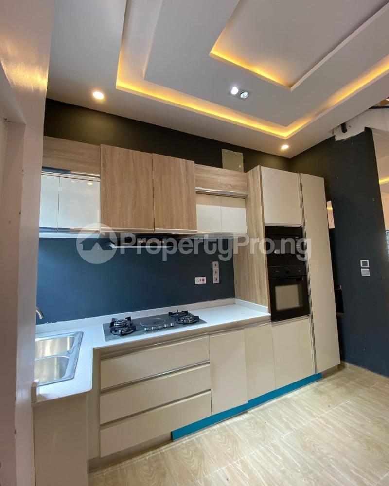 4 bedroom Semi Detached Duplex House for sale ORCHID ROAD chevron Lekki Lagos - 4