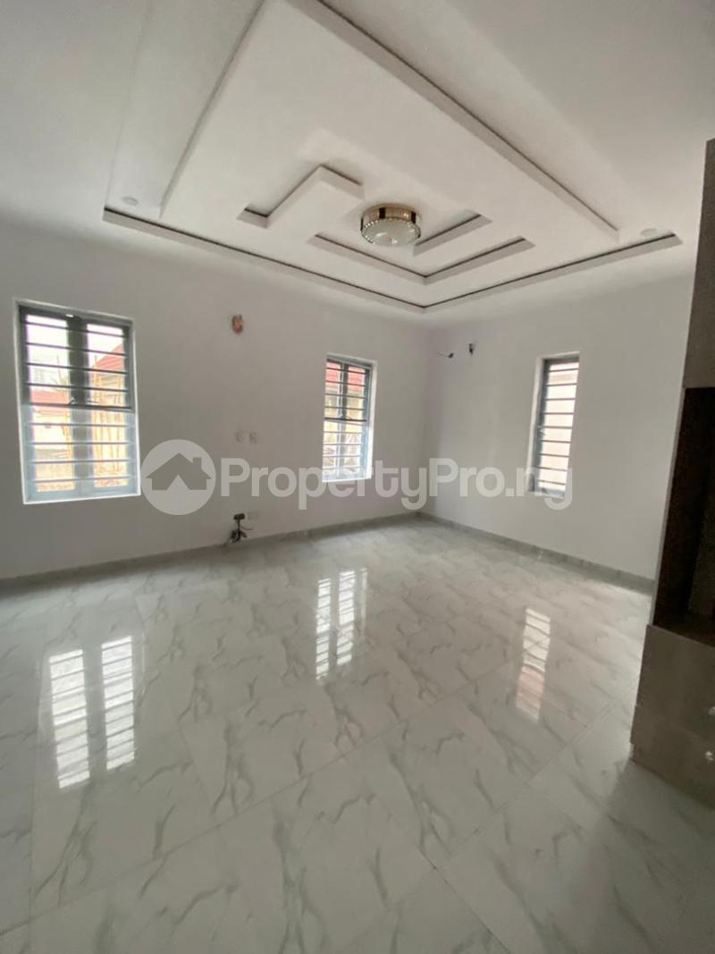 4 bedroom Detached Duplex for sale Off Lekki-Epe Expressway Ajah Lagos - 3