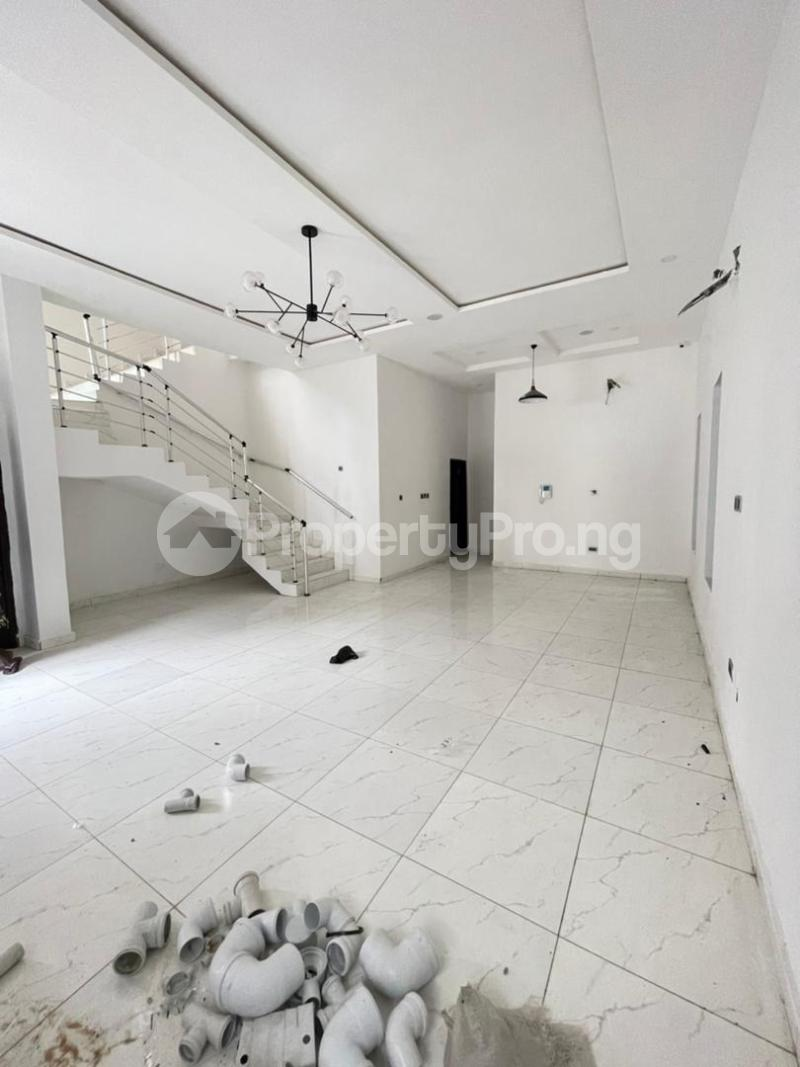 4 bedroom Detached Duplex for sale Chevron. chevron Lekki Lagos - 4