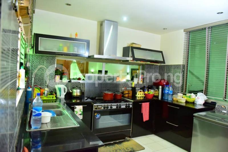 4 bedroom Semi Detached Duplex House for sale Off Emmanuel keshi  Magodo GRA Phase 2 Kosofe/Ikosi Lagos - 3