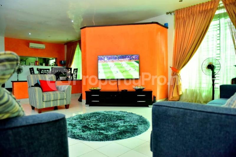 4 bedroom Semi Detached Duplex House for sale Off Emmanuel keshi  Magodo GRA Phase 2 Kosofe/Ikosi Lagos - 2