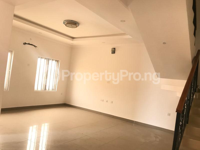 4 bedroom House for sale Igbo-efon Lekki Lagos - 9