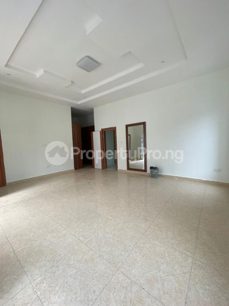 4 bedroom Terraced Duplex for sale 2nd Lekki Tollgate Lekki Lagos - 3